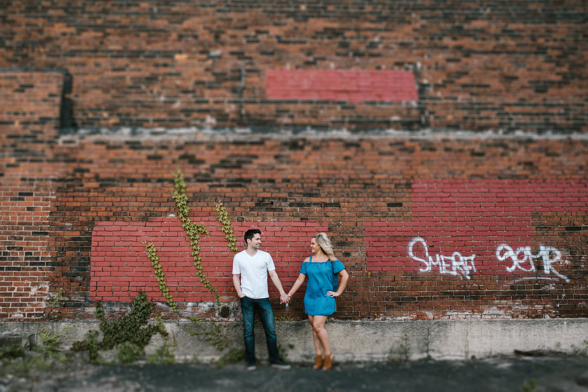 Unique-Pittsburgh-Engagement -Photos4