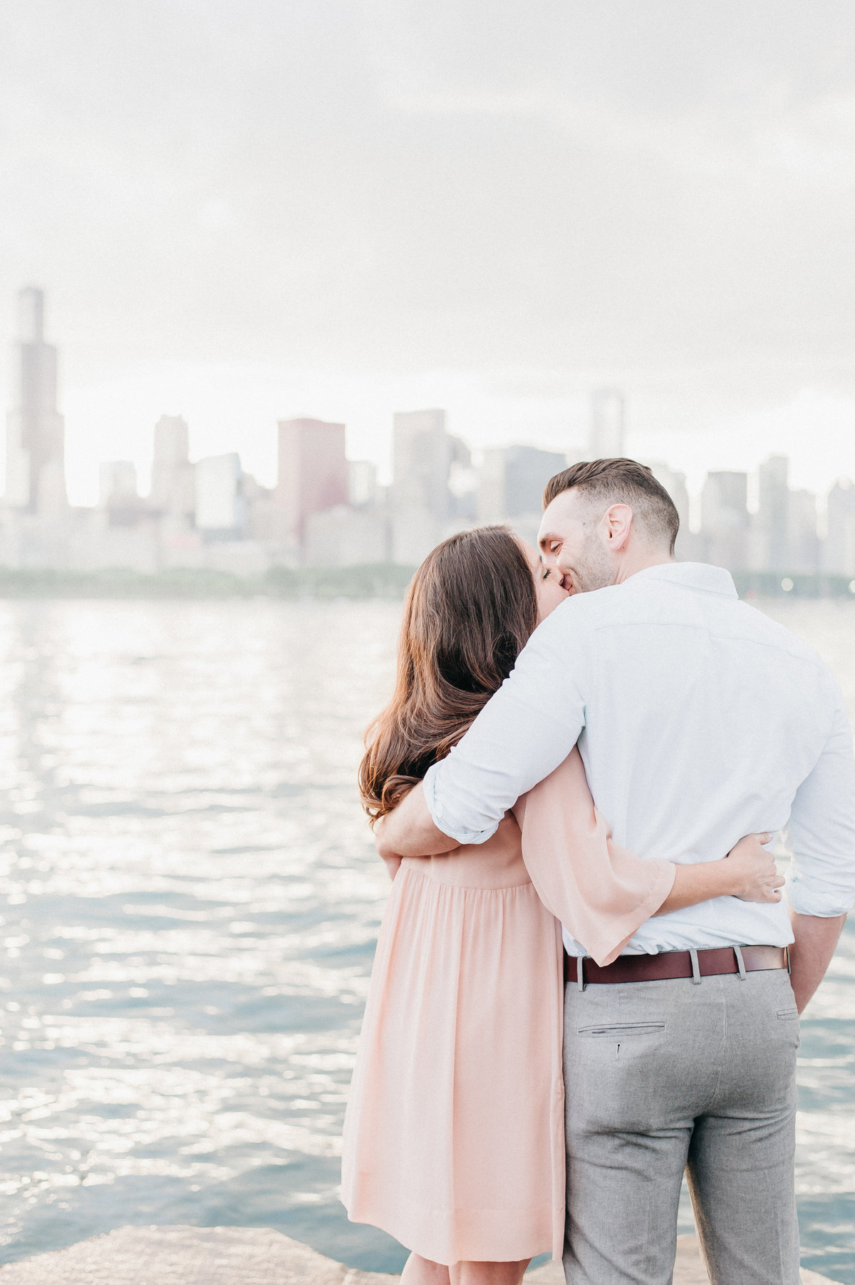 downtown-chicago-skyline-engagement-photo