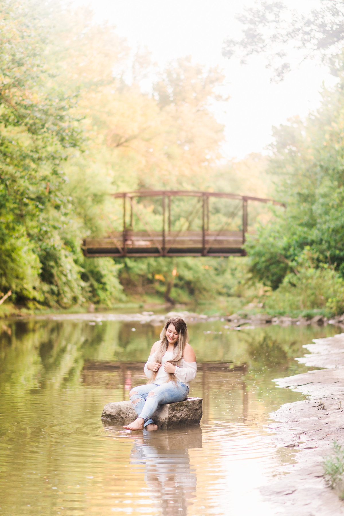 ColumbiaMissouriSeniorPortraitSession_MissouriSeniorPhotographer_Brenda__CatherineRhodesPhotography-3