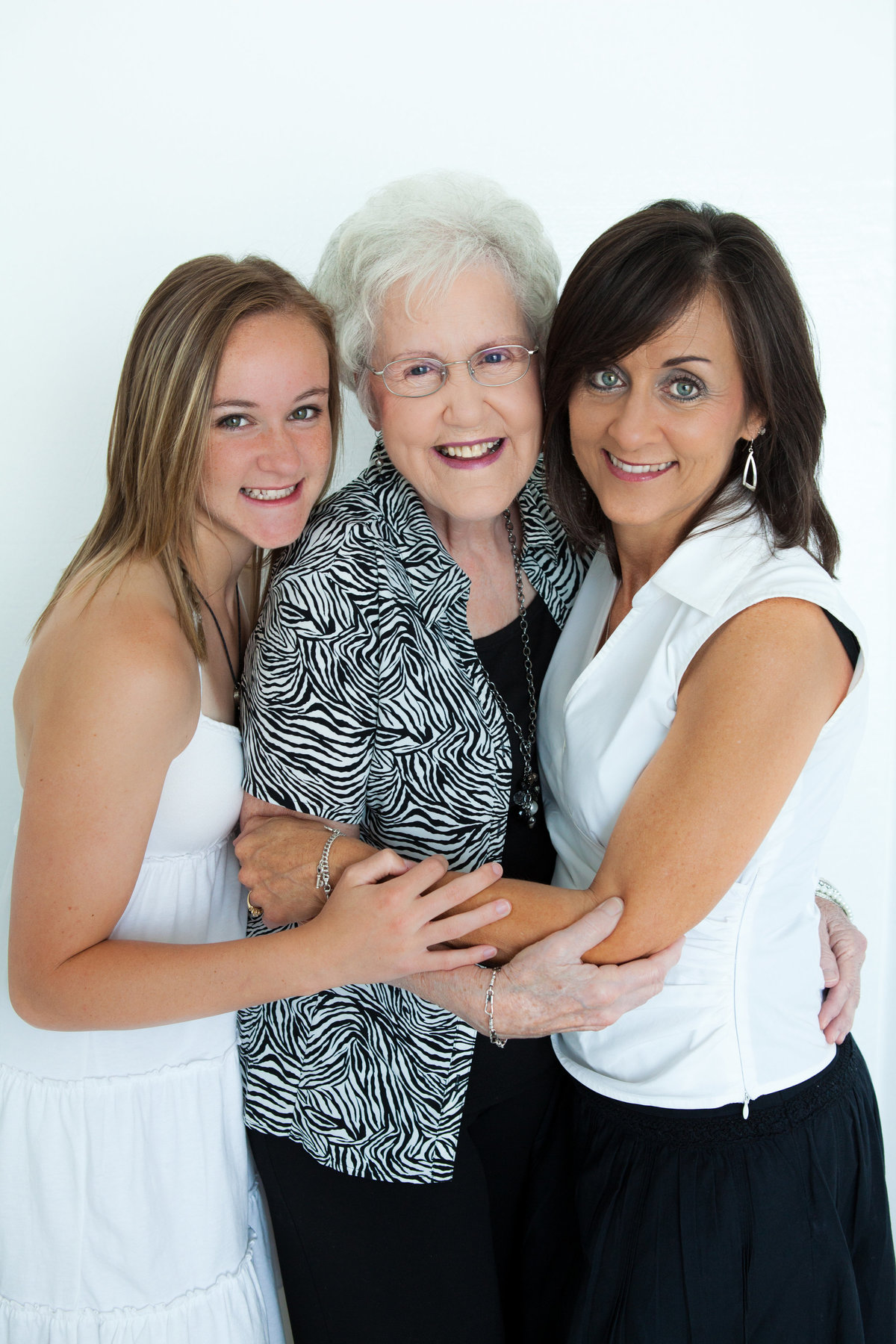 Portraits 2011-Ann Cozad and Family-0013