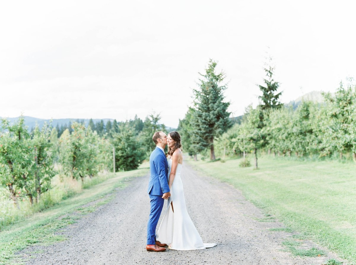 oregonwedding_mthoodorganicfarms_mthoodwedding358