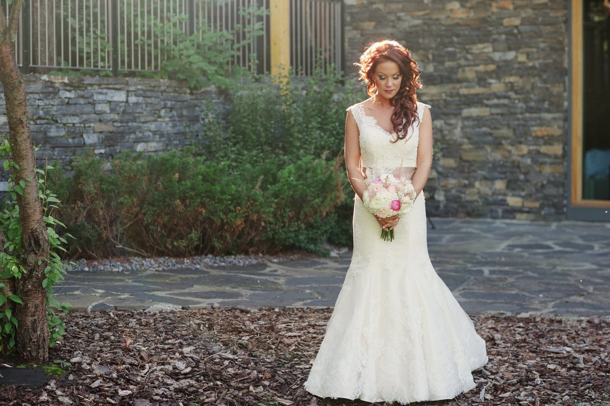 calgary-wedding-photographer-azuridge-estate-hotel-047