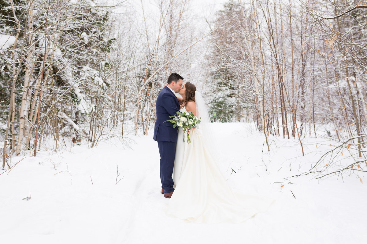 Stowe Vermont Winter Wedding Photo