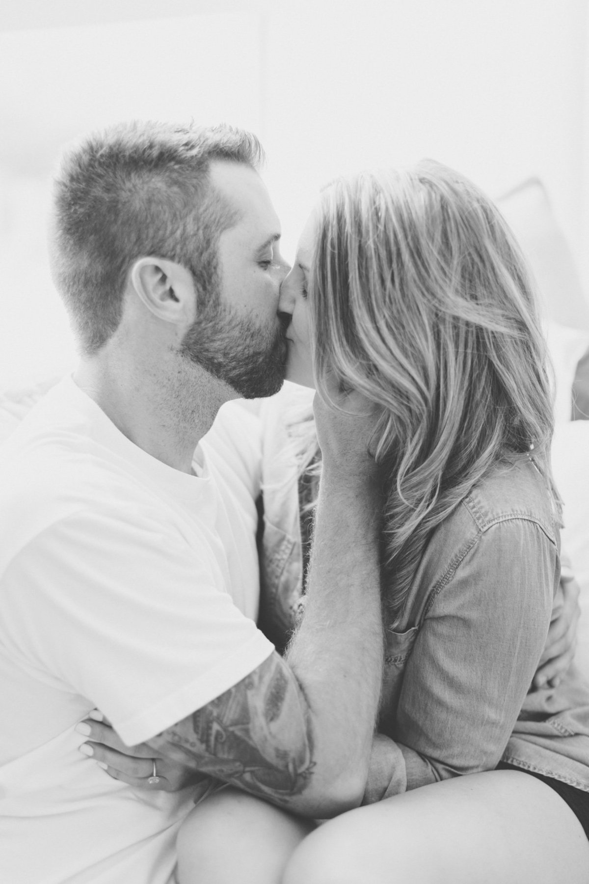 at-home-engagement-photos-vancouver-blush-sky-photography-11