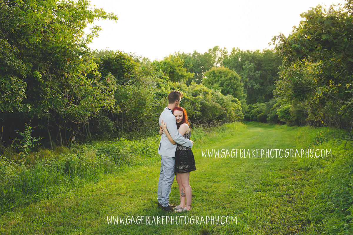 Toledo Ohio Wedding Photographers - Findlay Ohio Wedding Photographers