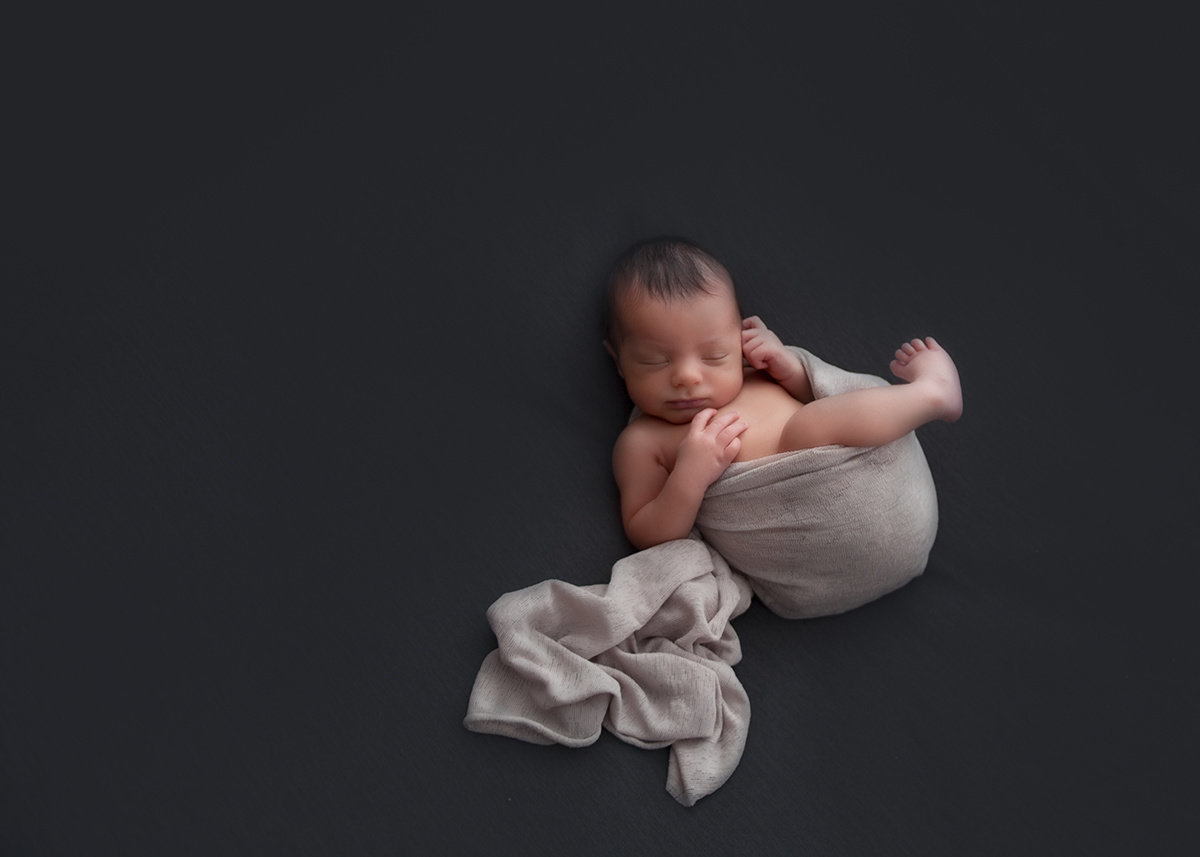Toronto-Newborn-Photographer-Luve-Ashlyn-Photography-33