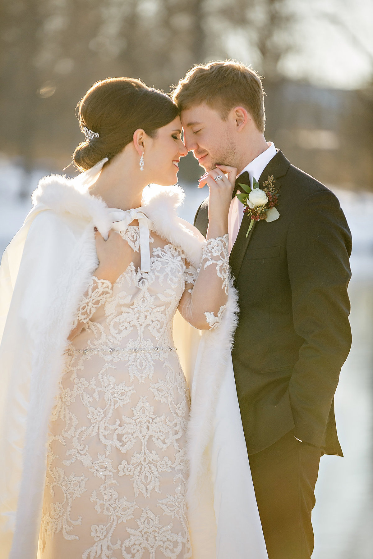 Winter wedding by Springfield MO Wedding Photographer Turner Creative