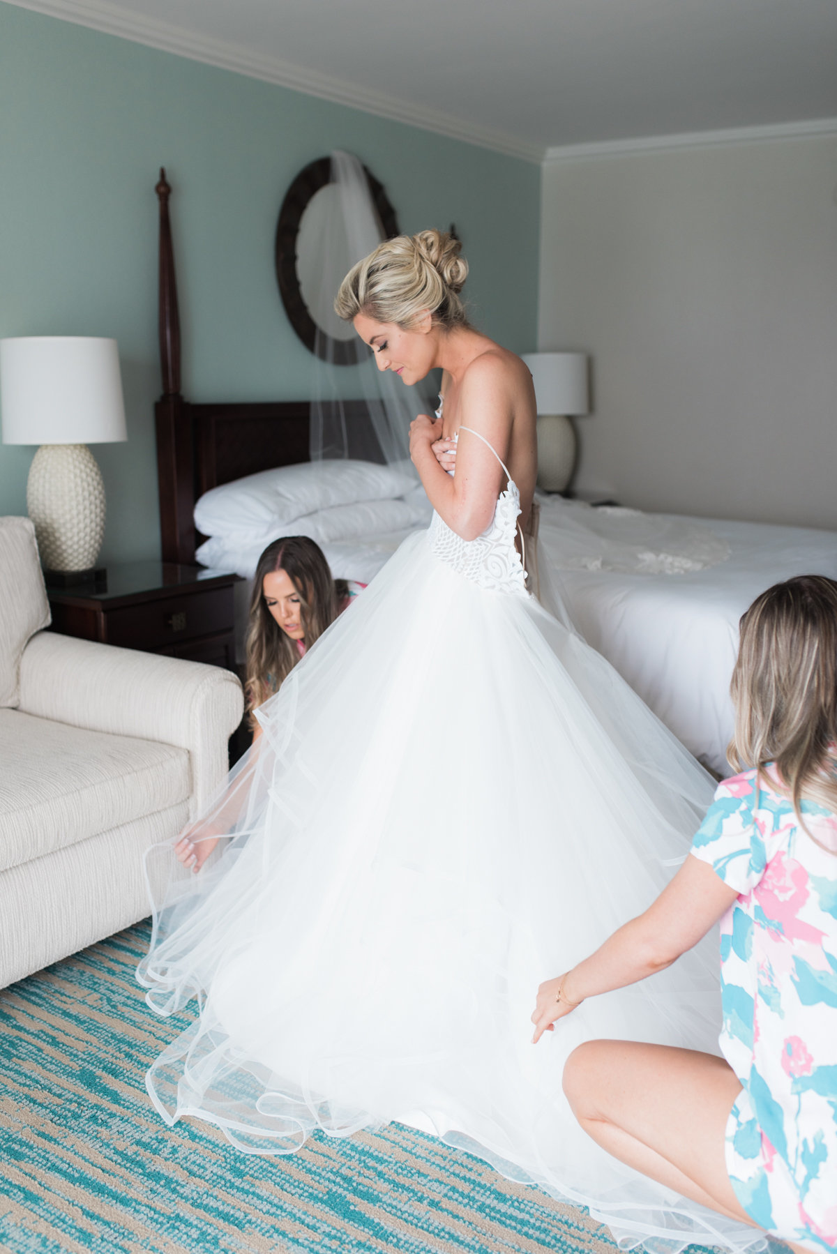 Sneak Alissa Kenny Wedding Grand Cayman Marriott _ Hello Blue Photo-3
