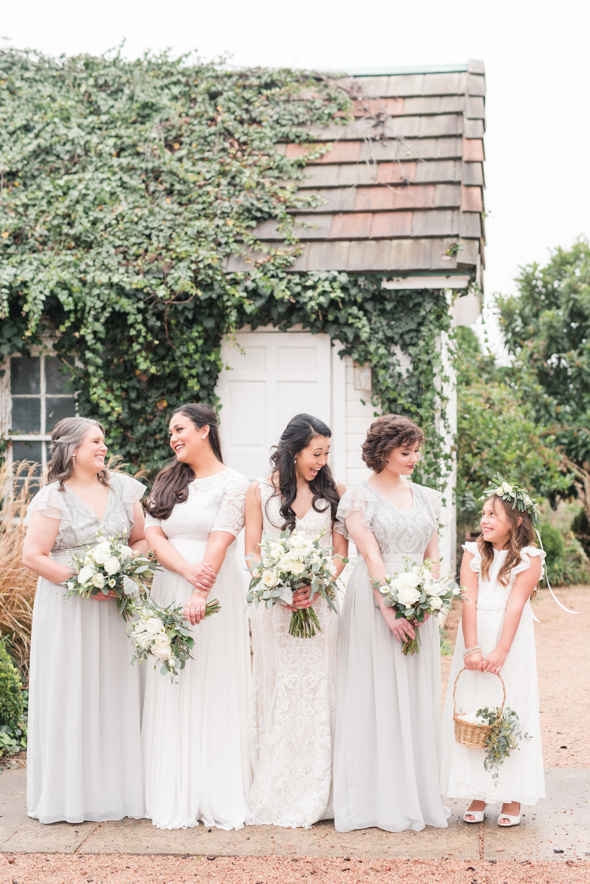 Austin Texas wedding bridal party flower girl pictures