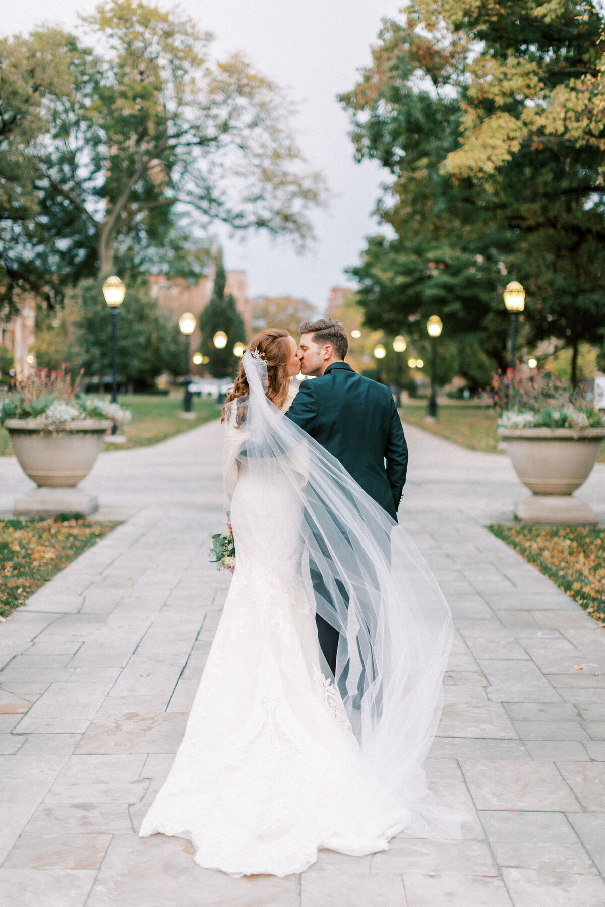 TiffaneyChildsPhotography-ChicagoWeddingPhotographer-Colleen&Ned-UniversityofChicago-98
