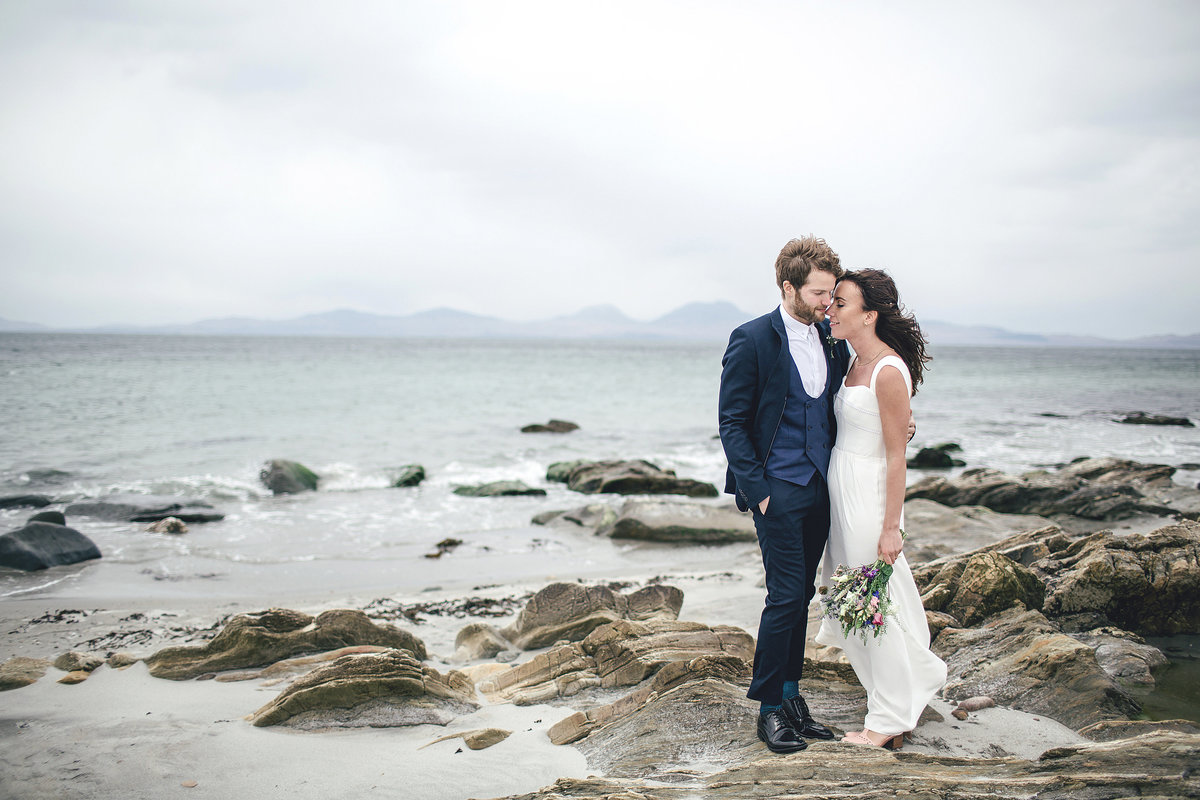 SCOTTISH BEACH OUTDOOR WEDDING