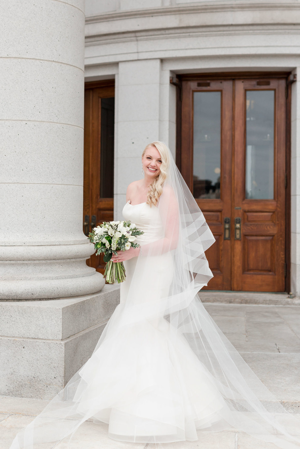 Maison Meredith Photography Wisconsin Wedding Photographer Real Wedding Three 027