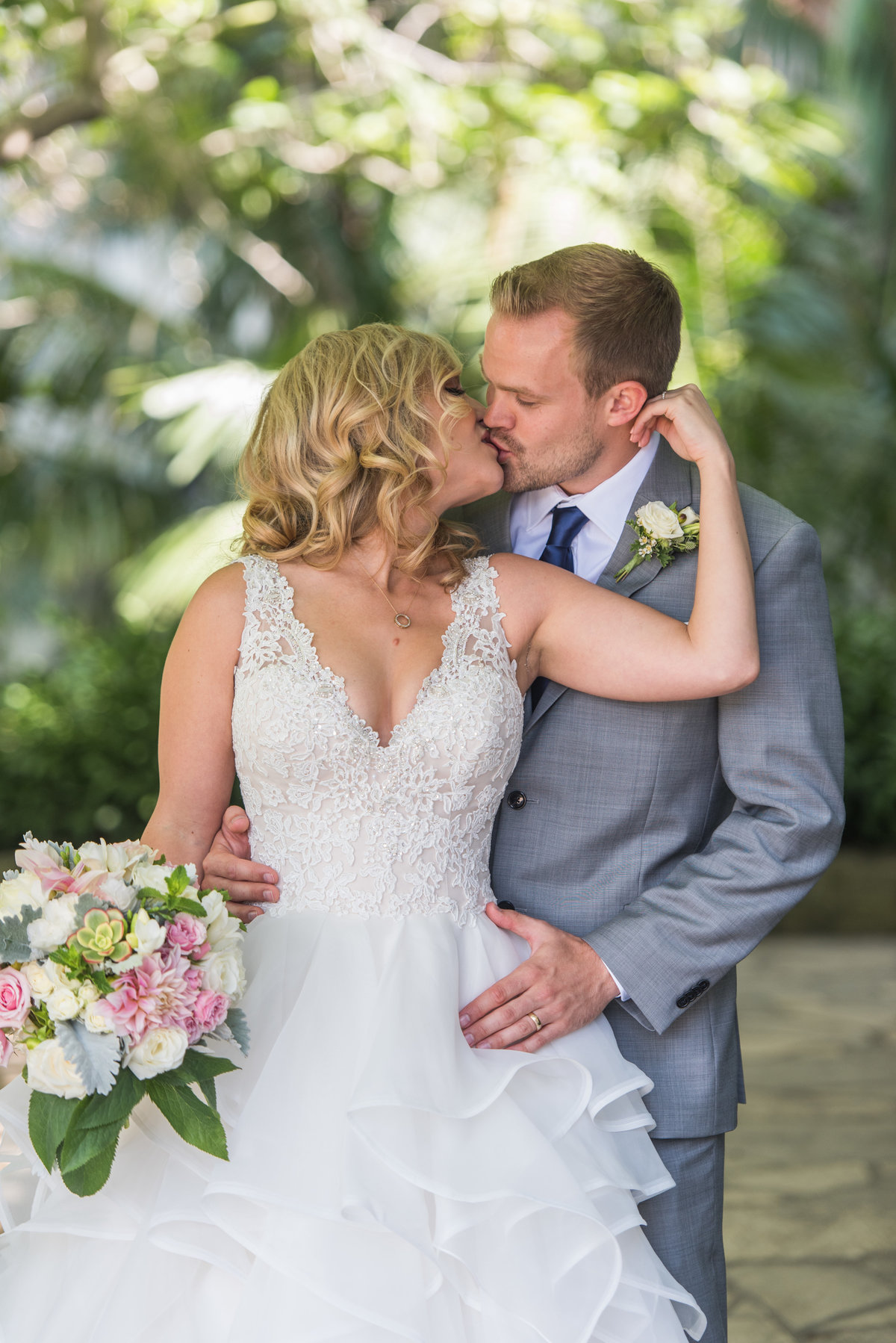 santa-barbara-courthouse-wedding-photos-28