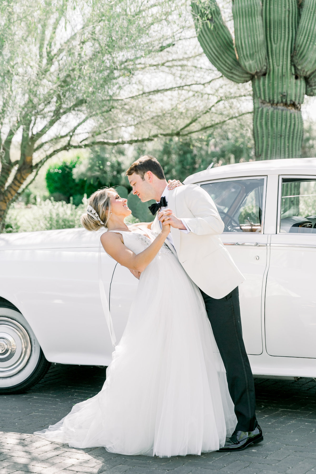 Karlie Colleen Photography - El Chorro Arizona Desert Wedding - Kylie & Doug-315