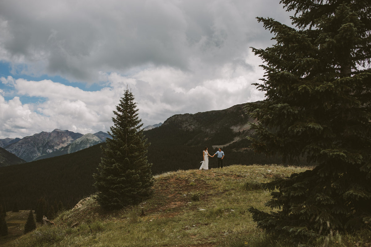 Durango-Colorado-Artistic-Wedding-Photography-in-the-mountains-by-Megan-Saul-Photography-36