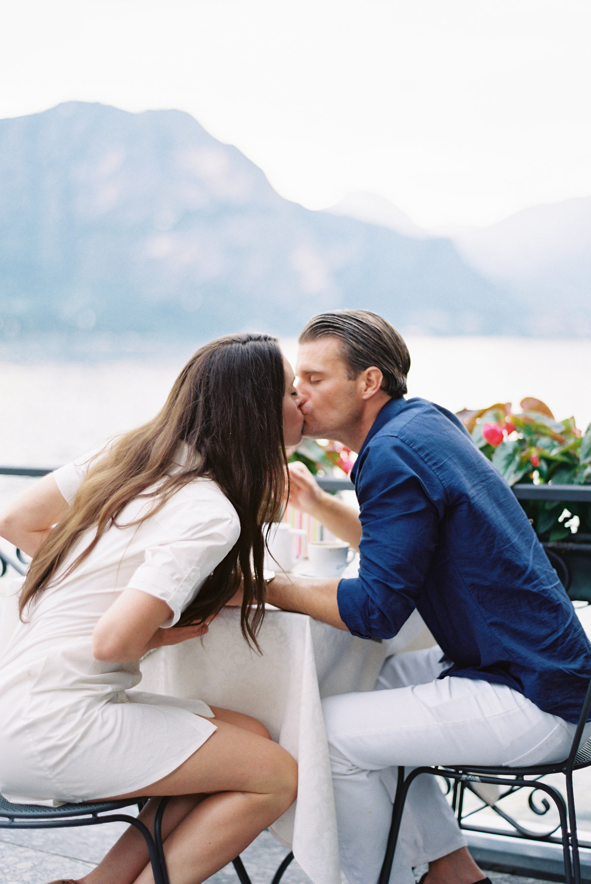lake-como-italy-destination-wedding-honeymoon-session-melanie-gabrielle-photogrpahy-054