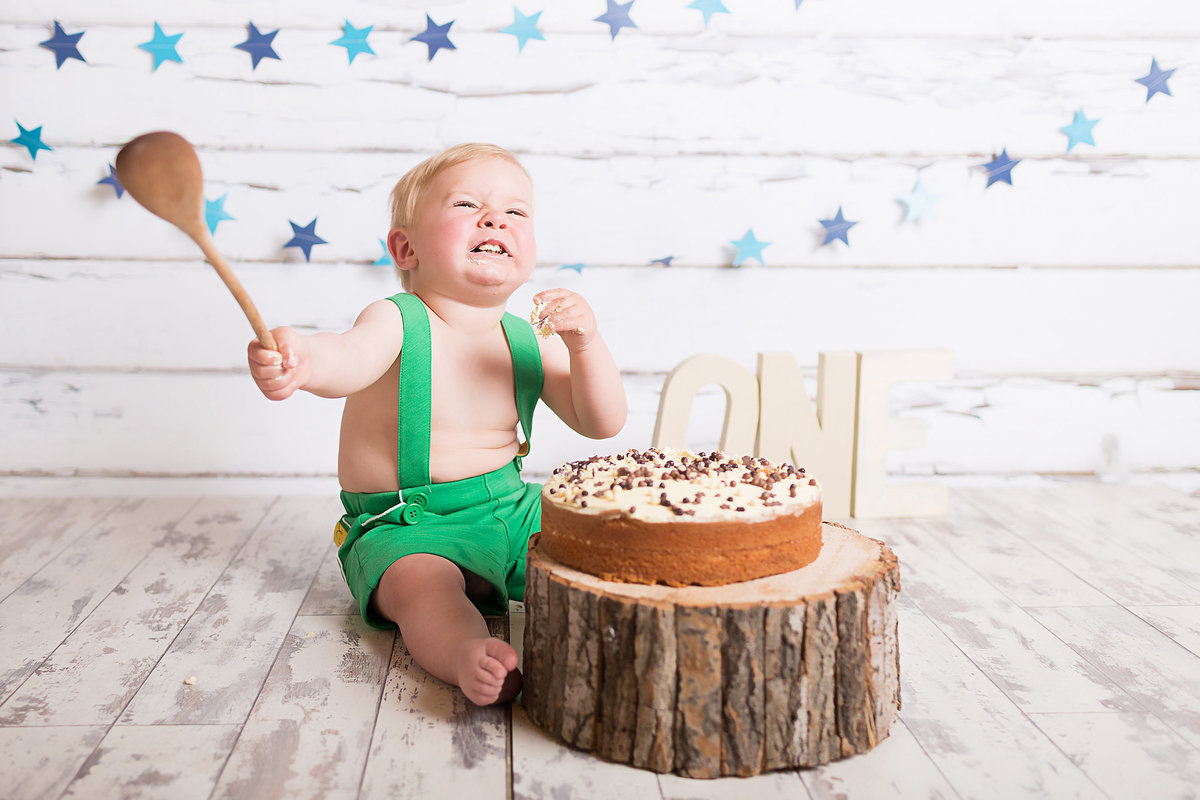 FERNDOWN BOURNEMOUTH CAKE SMASH PHOTOGRAPHY STUDIO 00025 (23)