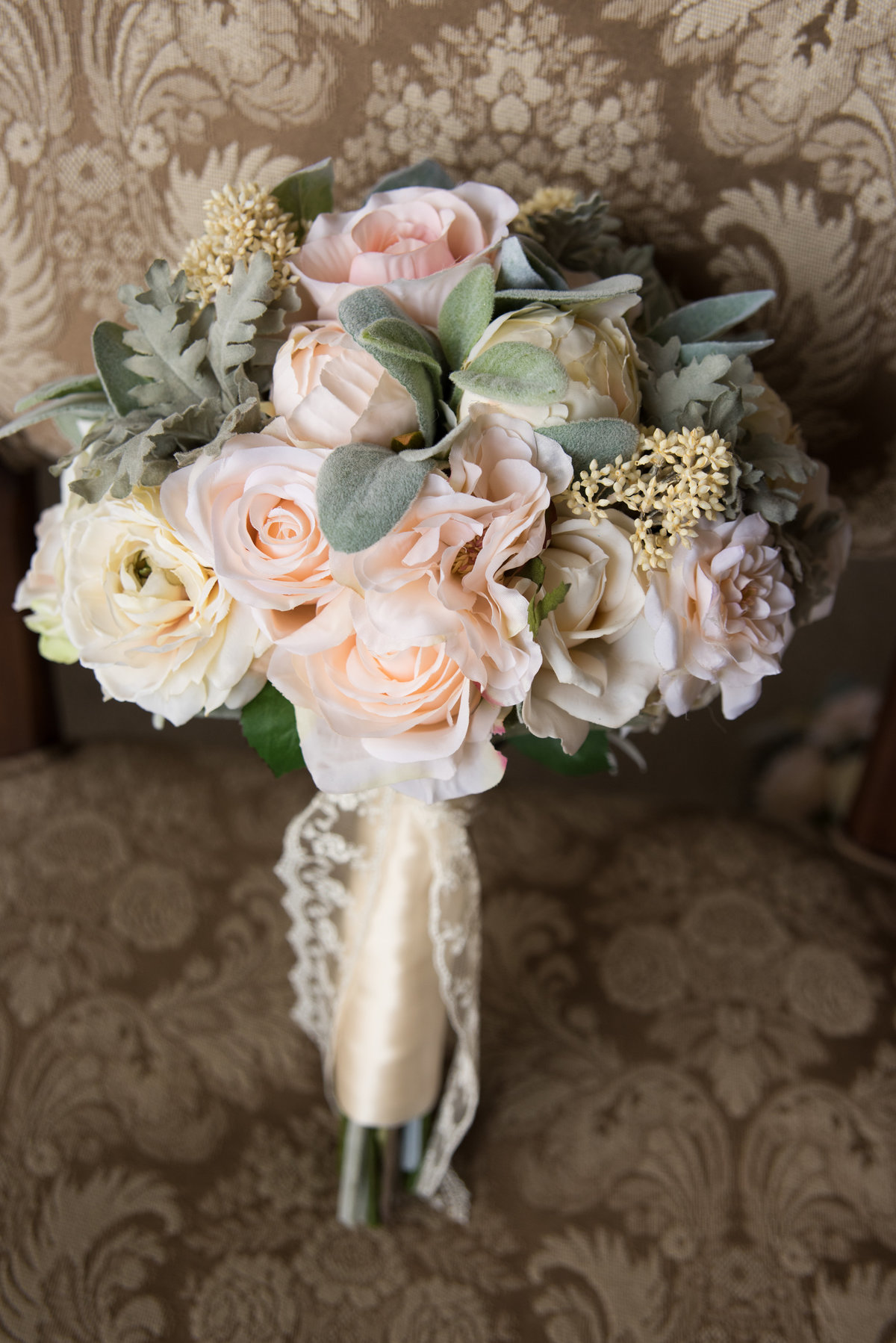 Nashville_Wedding_Loveless_Barn_Details-17