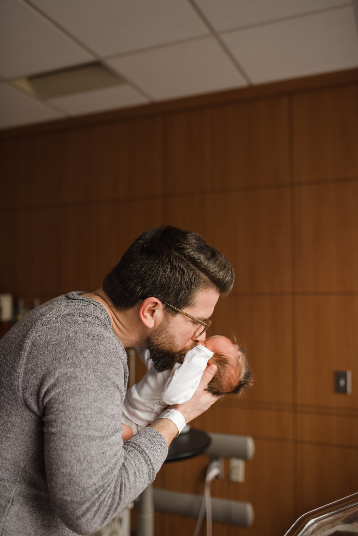 archer-chicagohospitalnewbornphotographer-29