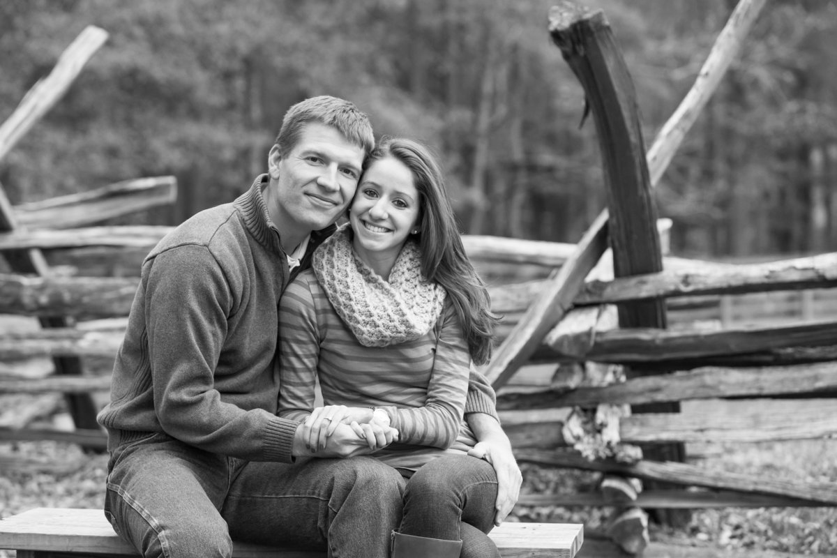 richmond_virginia_fall_engagement-23