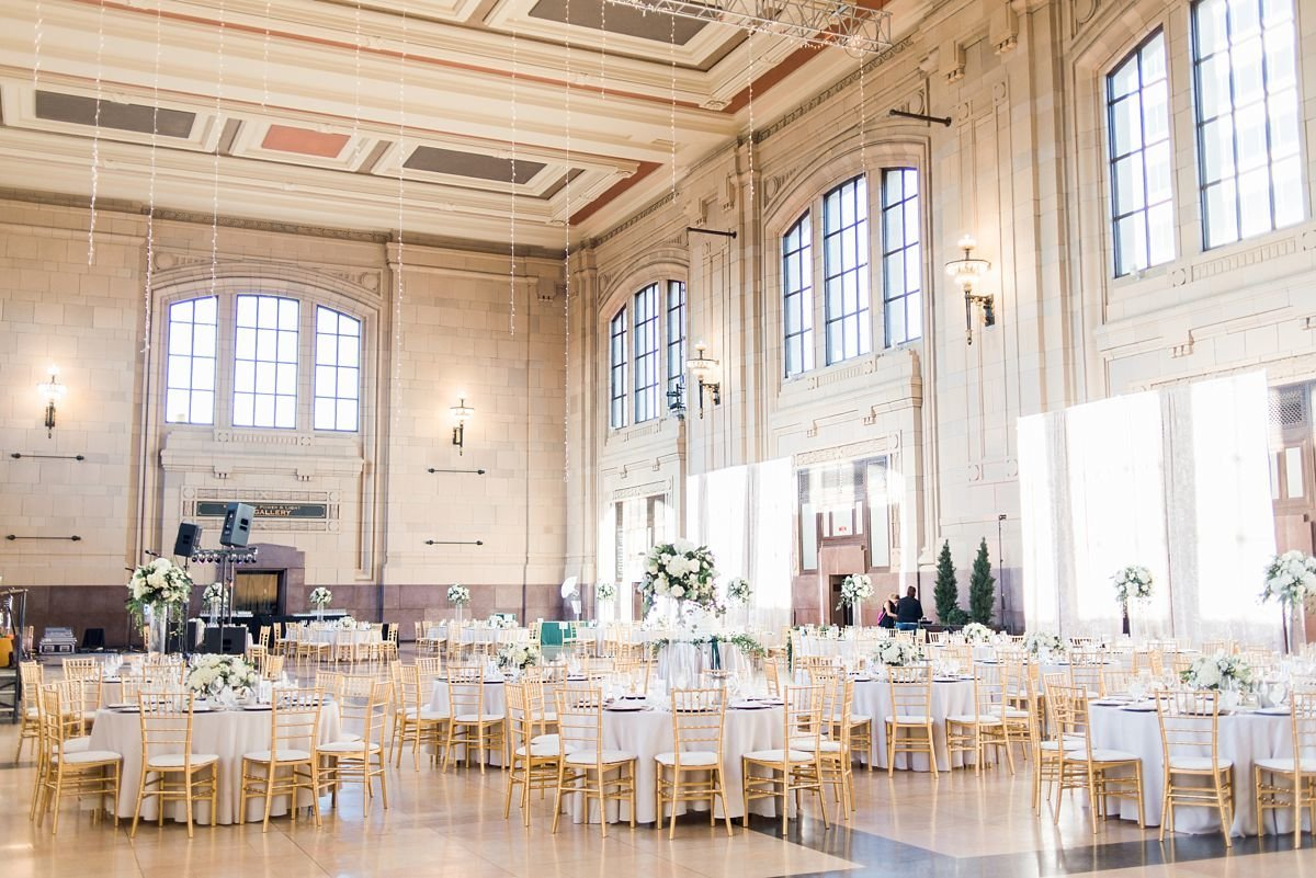 KansasCityUnionStationWedding_AnnieEthan_Reception_CatherineRhodesPhotography (22 of 374)-1