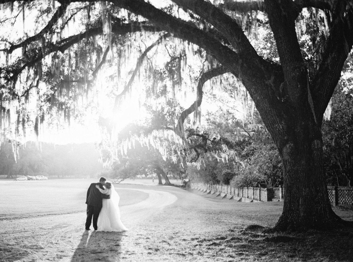 1810-middleton-plantation-charleston-october-wedding-film-456