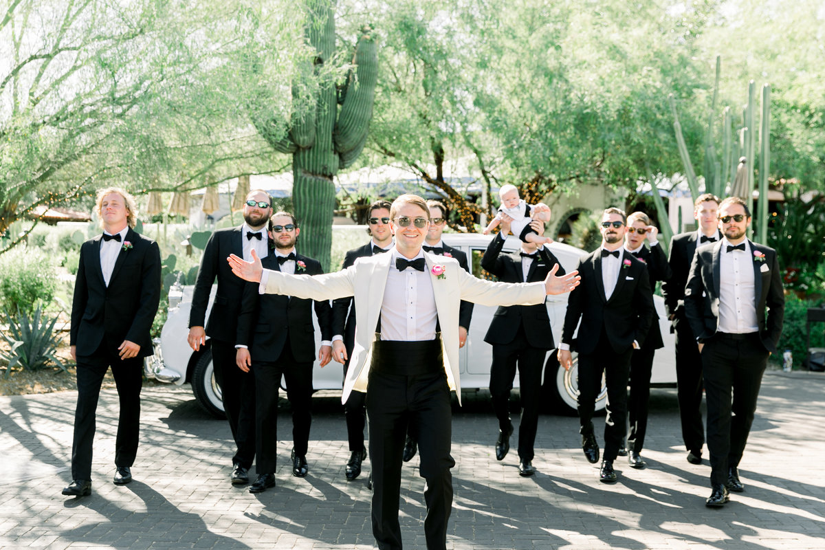 Karlie Colleen Photography - El Chorro Arizona Desert Wedding - Kylie & Doug-411