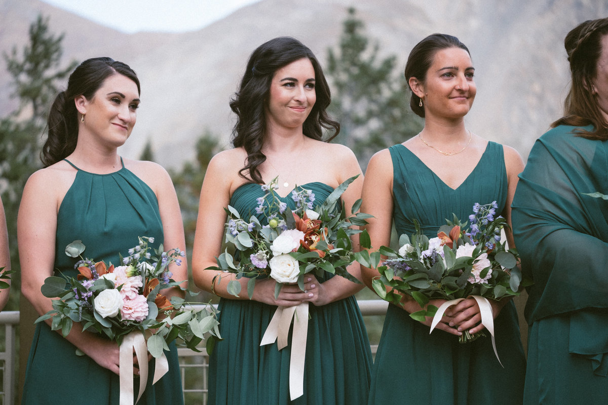 emerald green bridesmaids