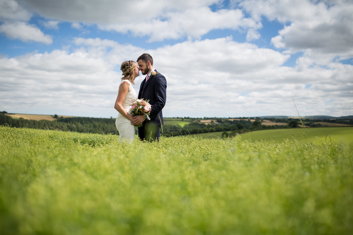 the oak barn devon wedding