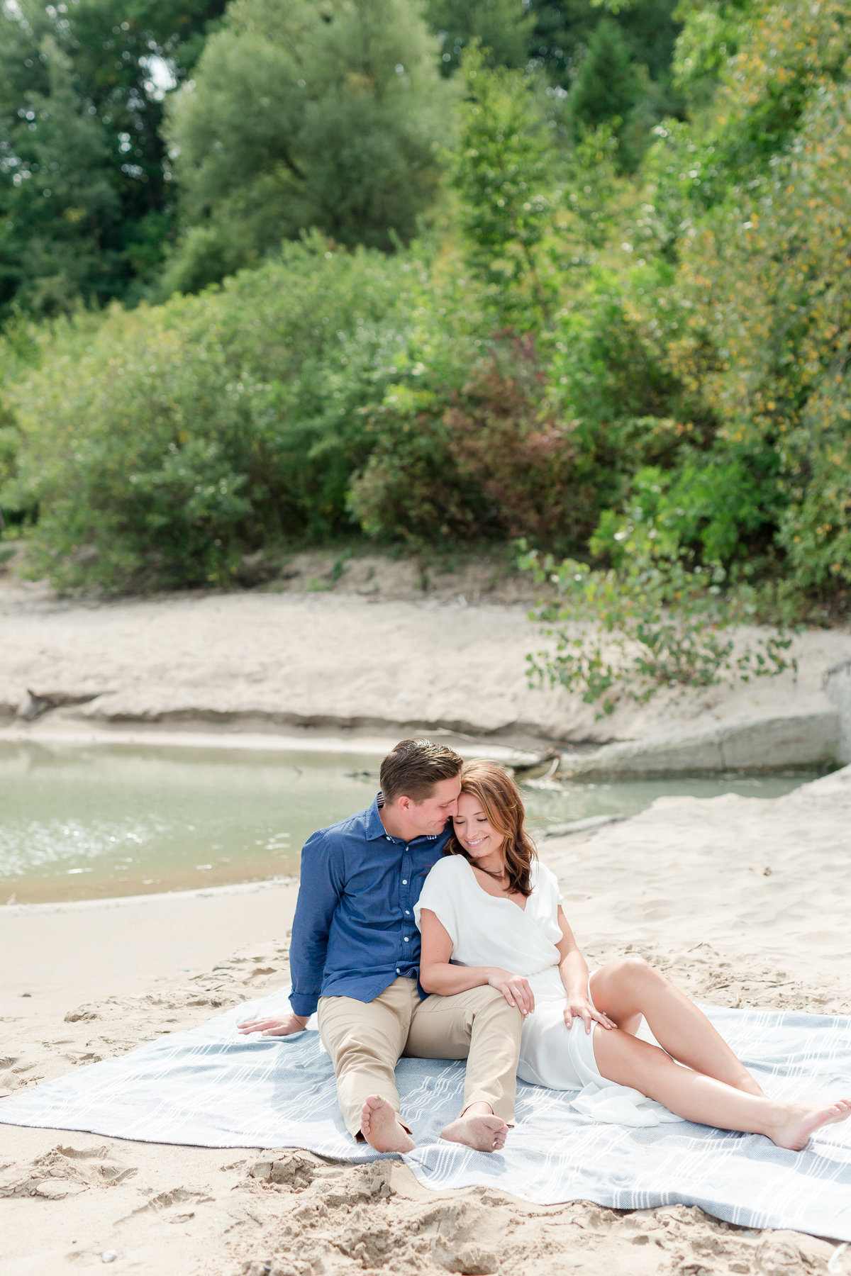 Maison Meredith Photography Wisconsin Engagement Photographer 028