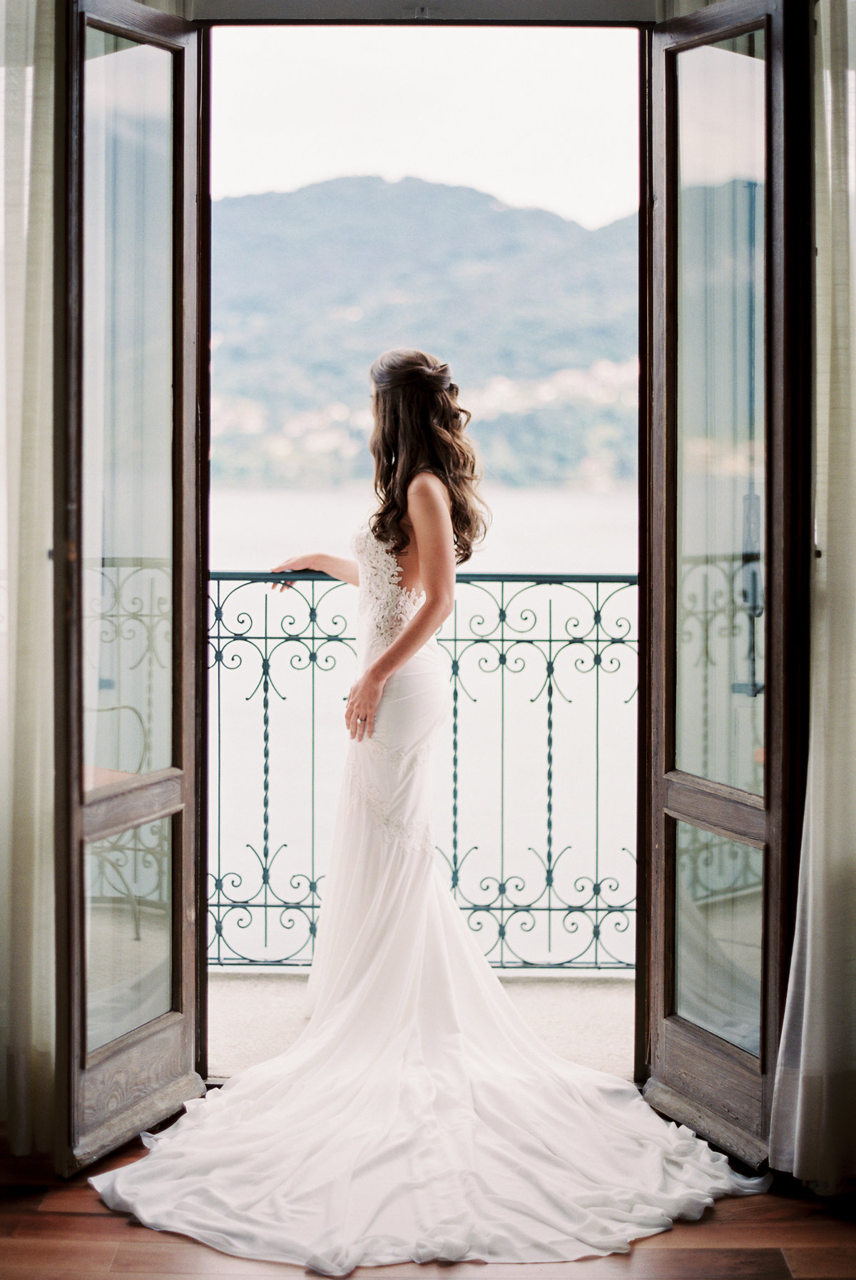 lake-como-italy-destination-wedding-melanie-gabrielle-photogrpahy-138