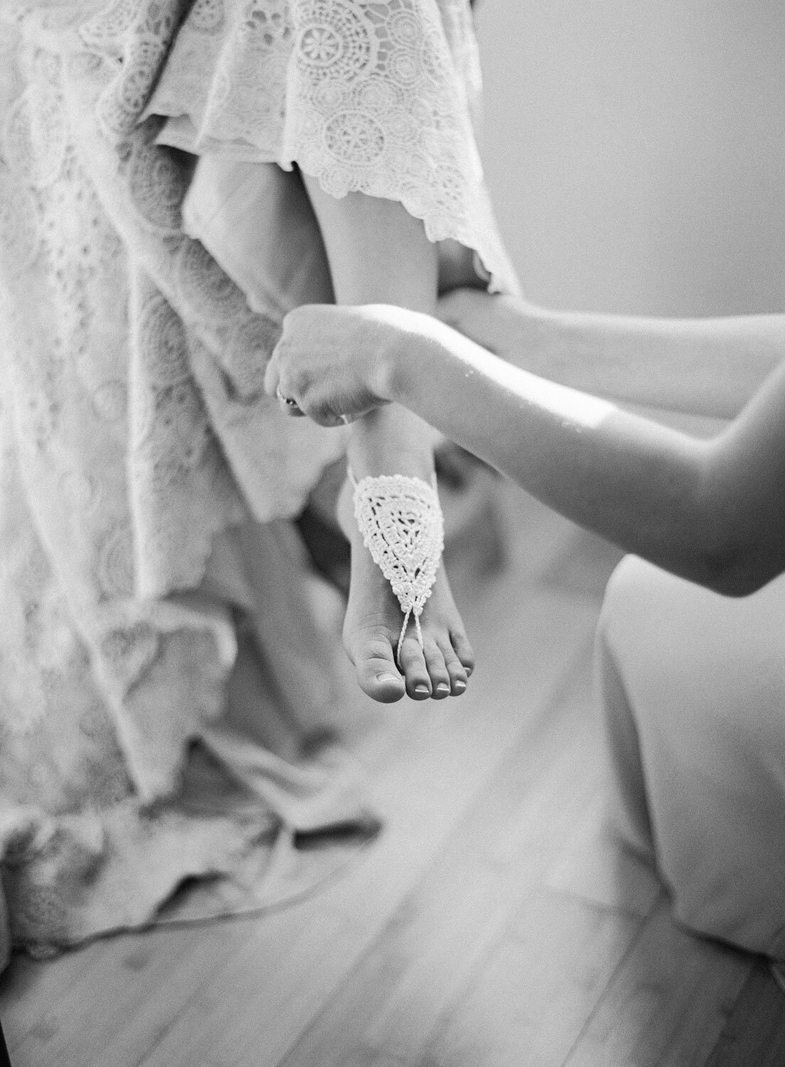 elegant-bohemian-tropical-december-destination-wedding-melanie-gabrielle-photography-martha-stewart-submission-025