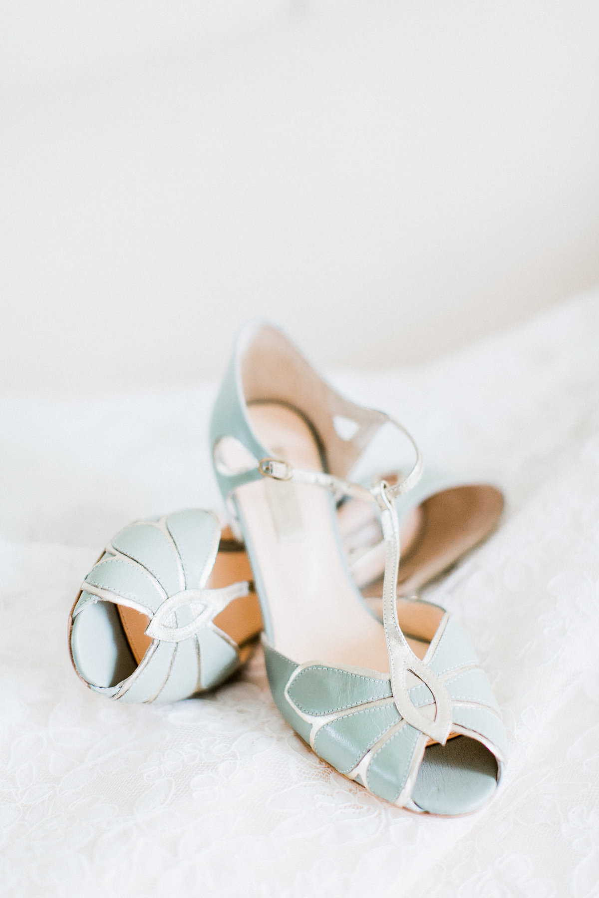 04_bhldn_wedding_shoes