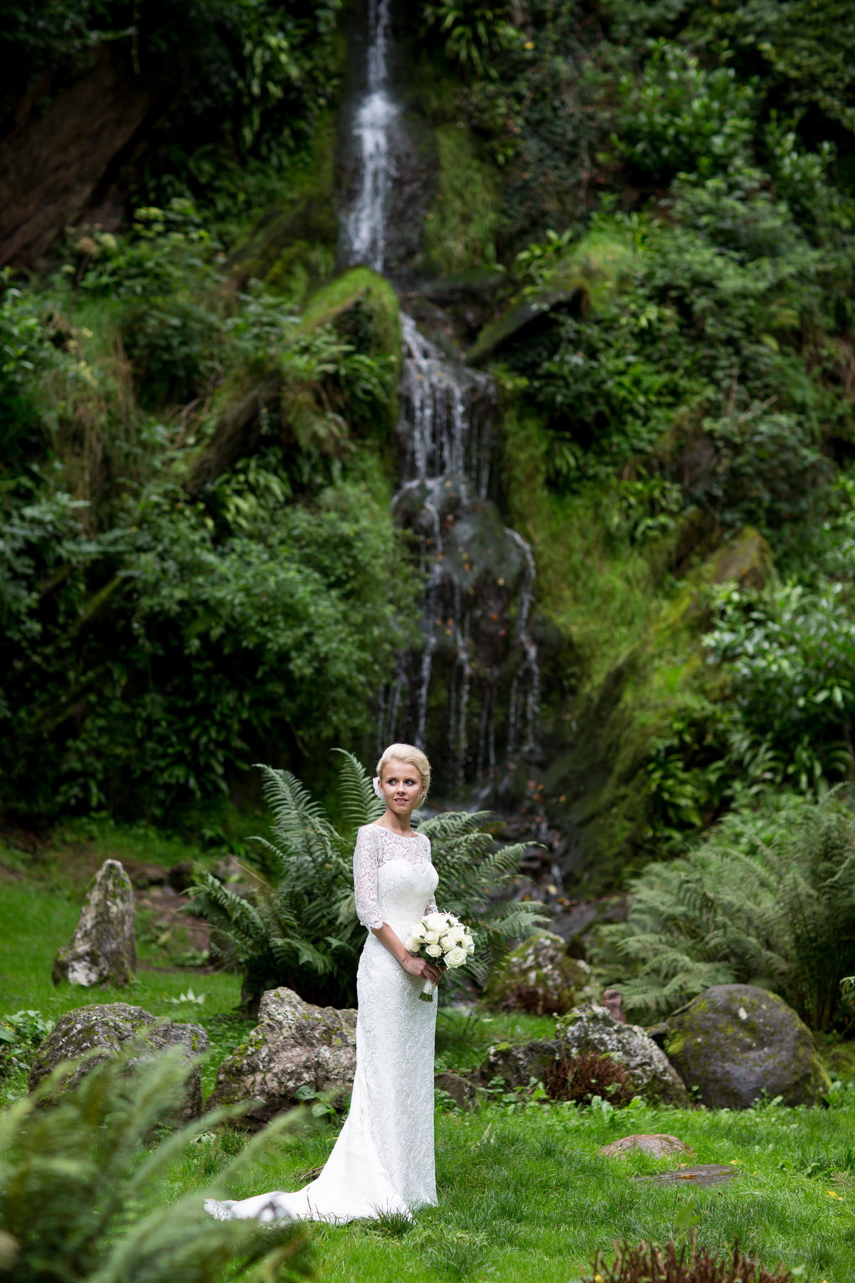 wedding photographer for hestercombe gardens somerset