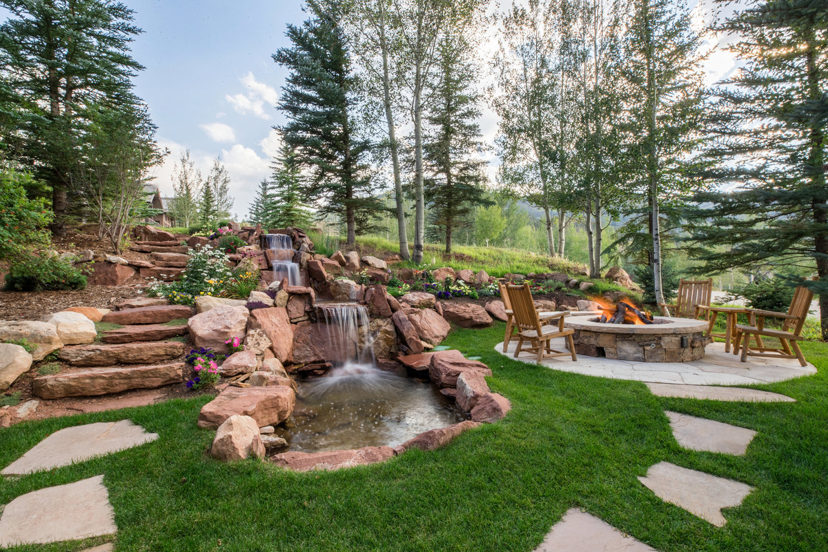 78_aspen_meadows_exterior_water
