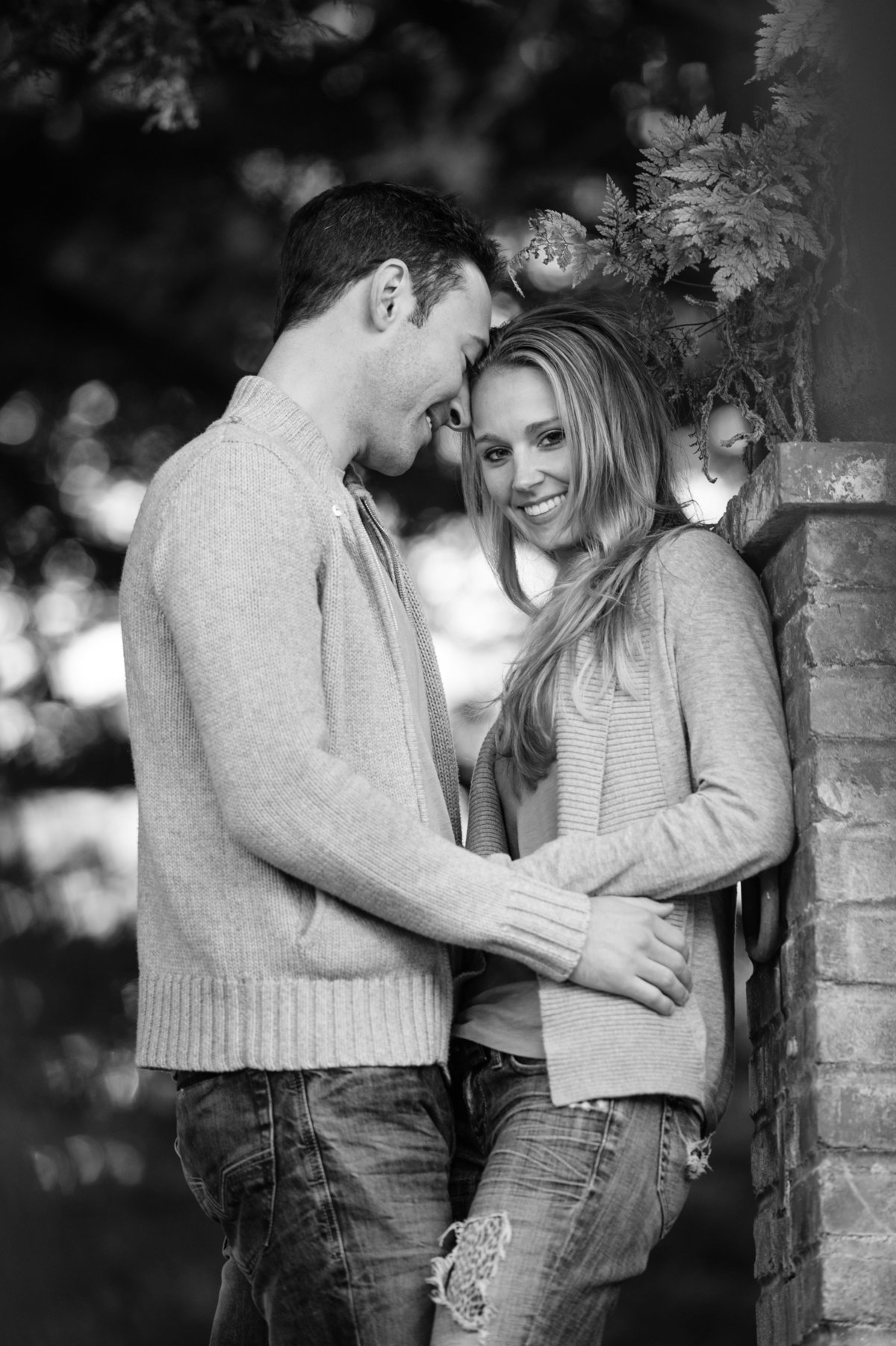 Cypress_Sea_Cove_Engagement_Photos-79