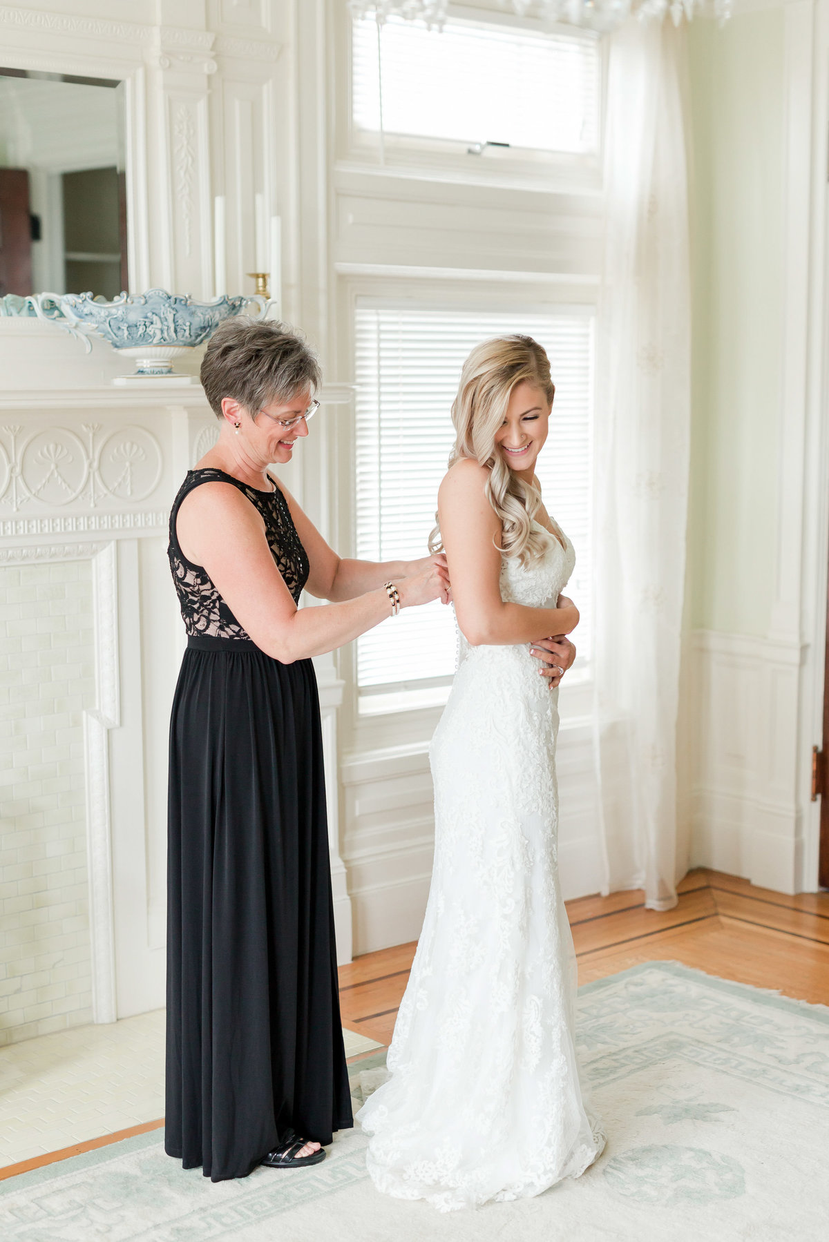 Maison Meredith Photography Wisconsin Wedding Photographer Real Wedding Two 015
