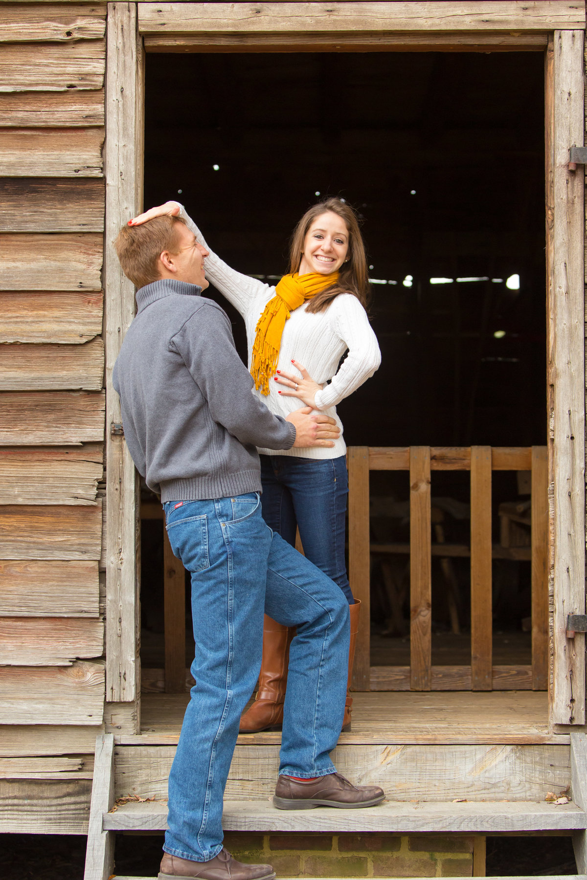 richmond_virginia_fall_engagement-06