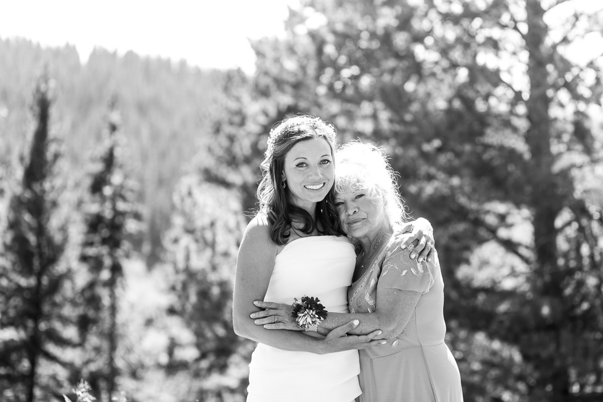 vail-wedding-deck-wedding-89