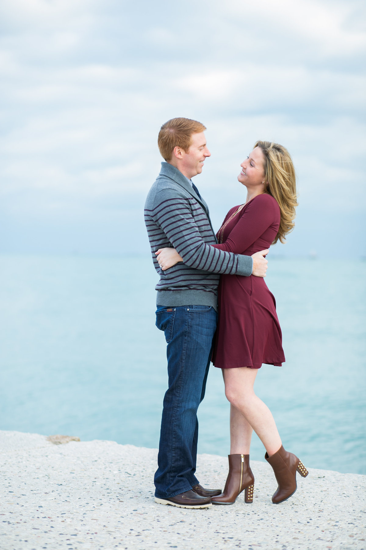 Fall-North-Avenue-Beach-Engagement-11
