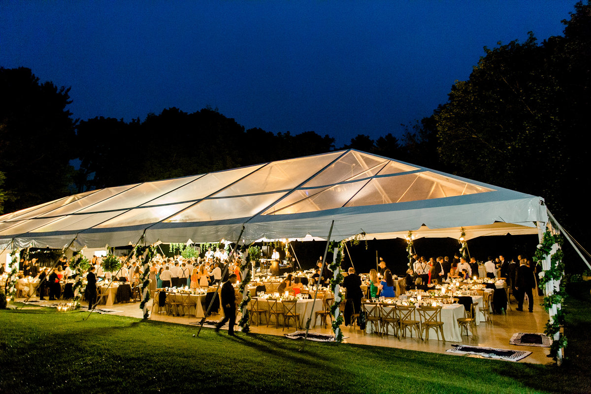 New-York-Private-Estate-Luxury-Tent-Wedding-Photo-Jessica-Haley-64