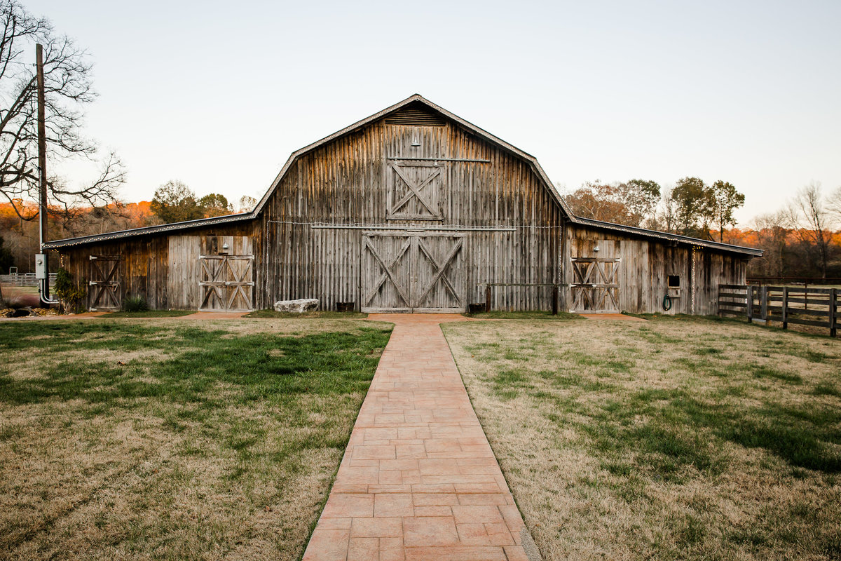 Cactus Creek Barn - Dickson Wedding - Dickson TN - Outdoor Weddings - Outdoor Wedding - Nashville Wedding - Nashville Weddings - Nashville Wedding Photographer - Nashville Wedding Photographers077