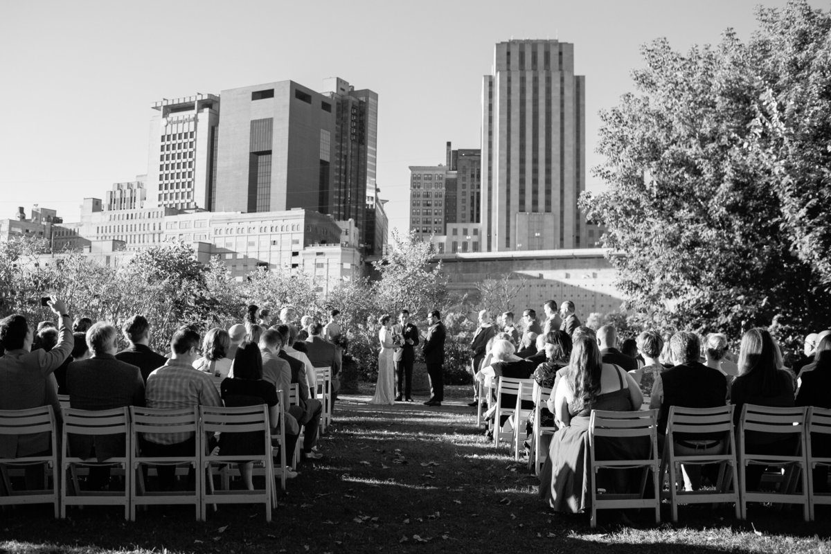 125 Minneapolis Wedding Photographer