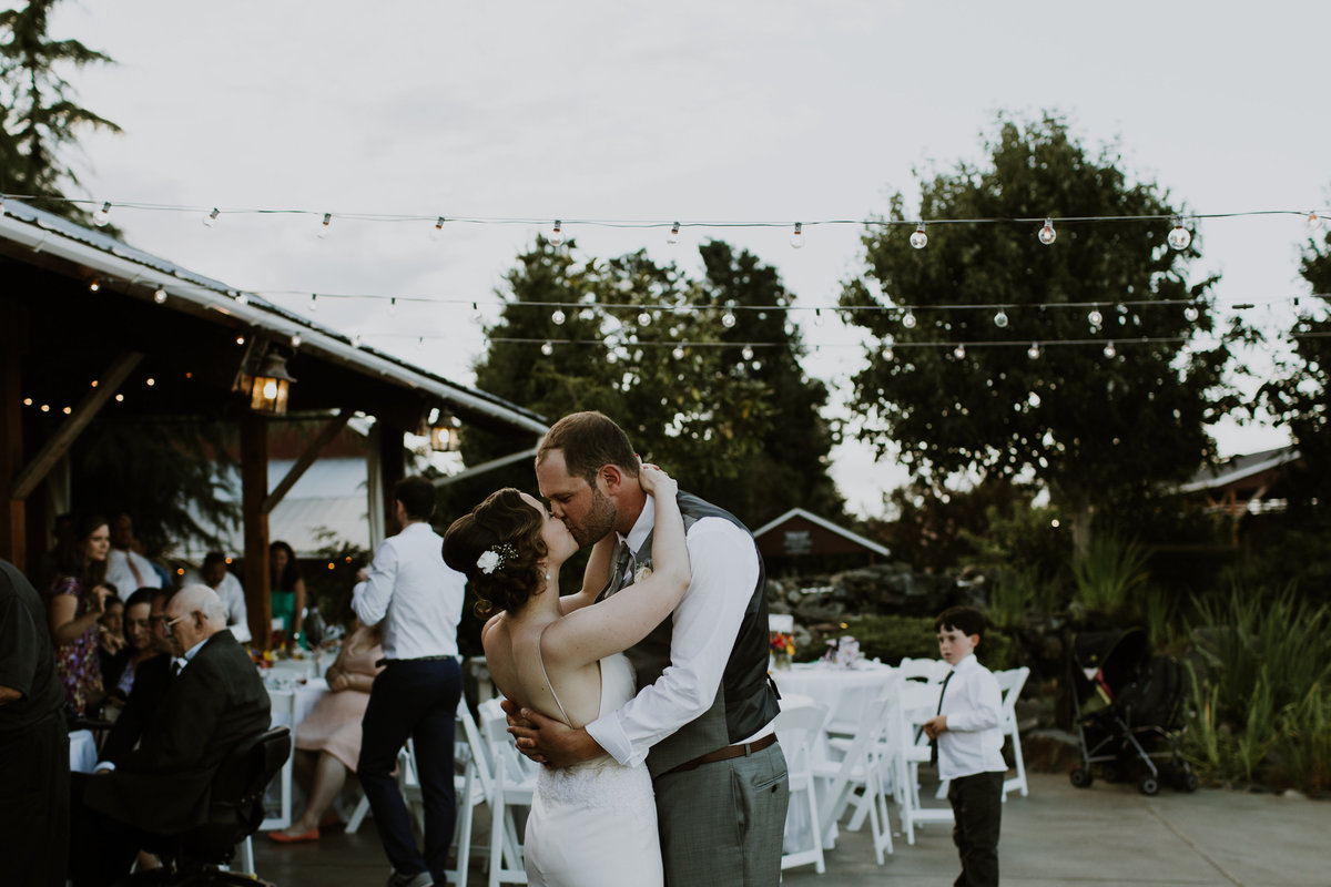 Megan Christine Studio Seattle Wedding Photographer