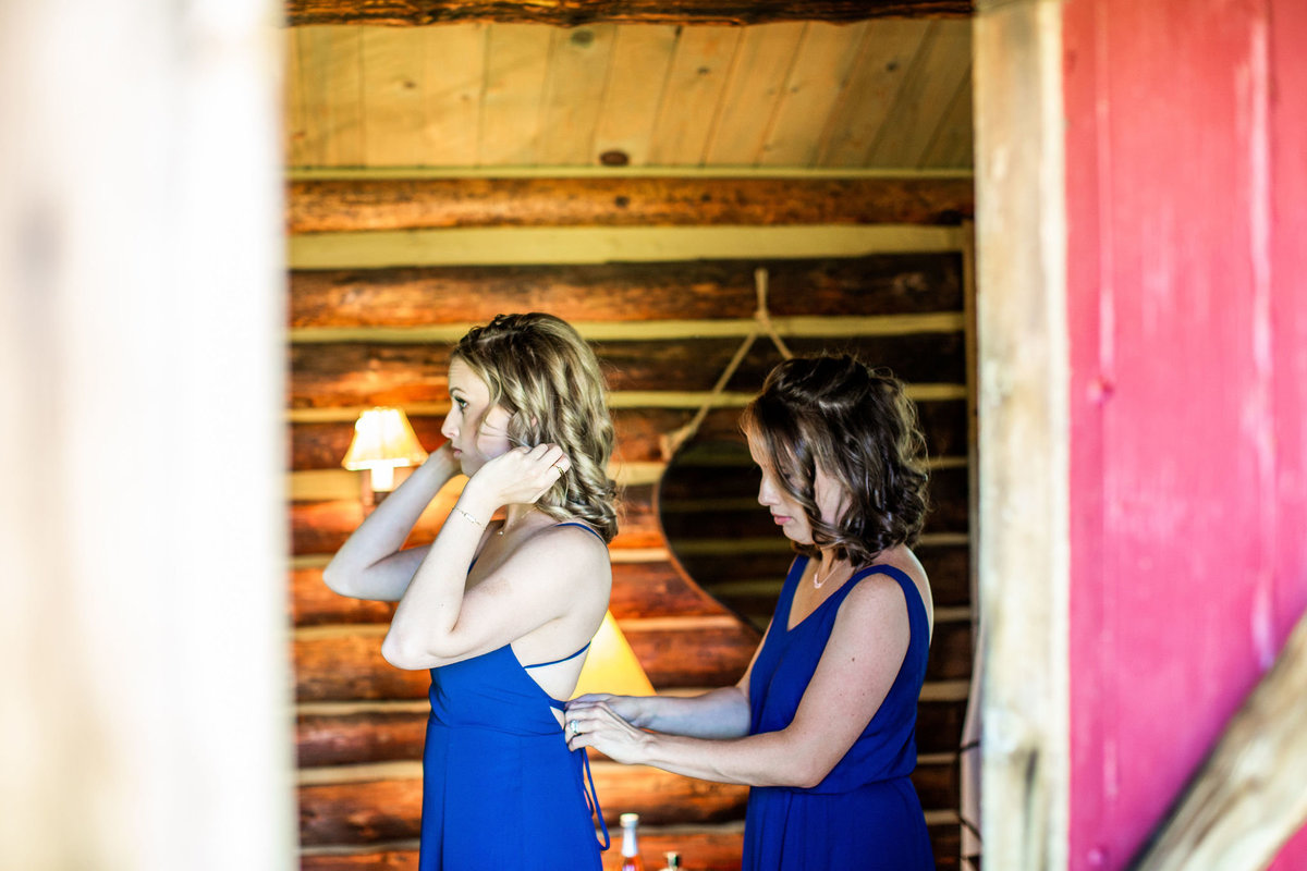 Strawberry-Creek-Ranch-Wedding-Ashley-McKenzie-Photography-Summer-love-on-the-ranch-Bridesmaids-Getting-Ready
