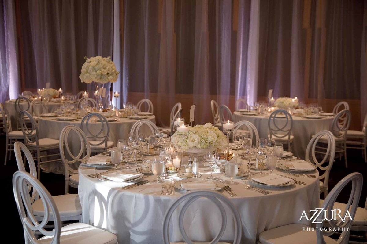 99luxe-four-seasons-wedding-Flora-Nova-Design
