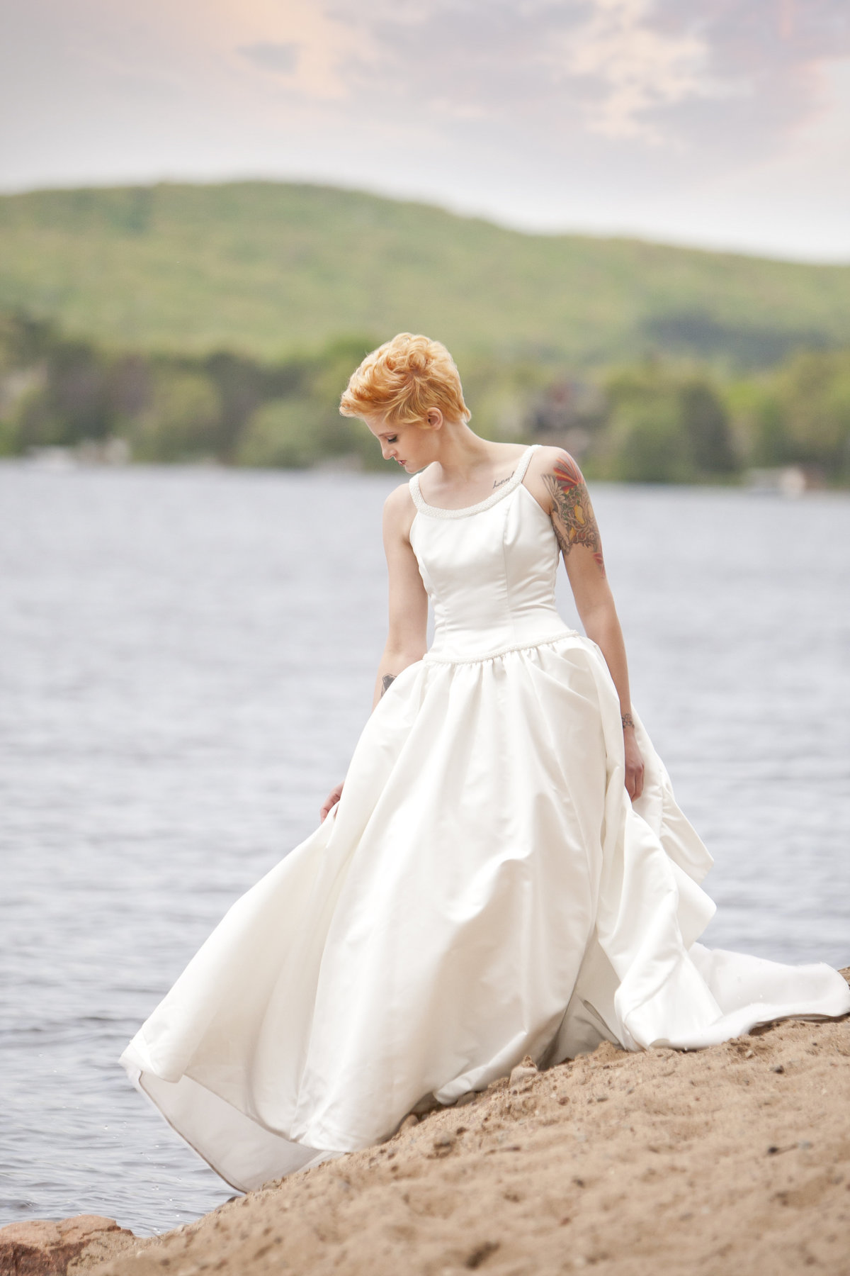 Tattooed bride bridal on the beach in Wausau by Casi Lea Photography-green bay wedding photographer-door county wedding photographer-milwaukee wedding photographer-appleton wedding photographer-wisconsin weddings