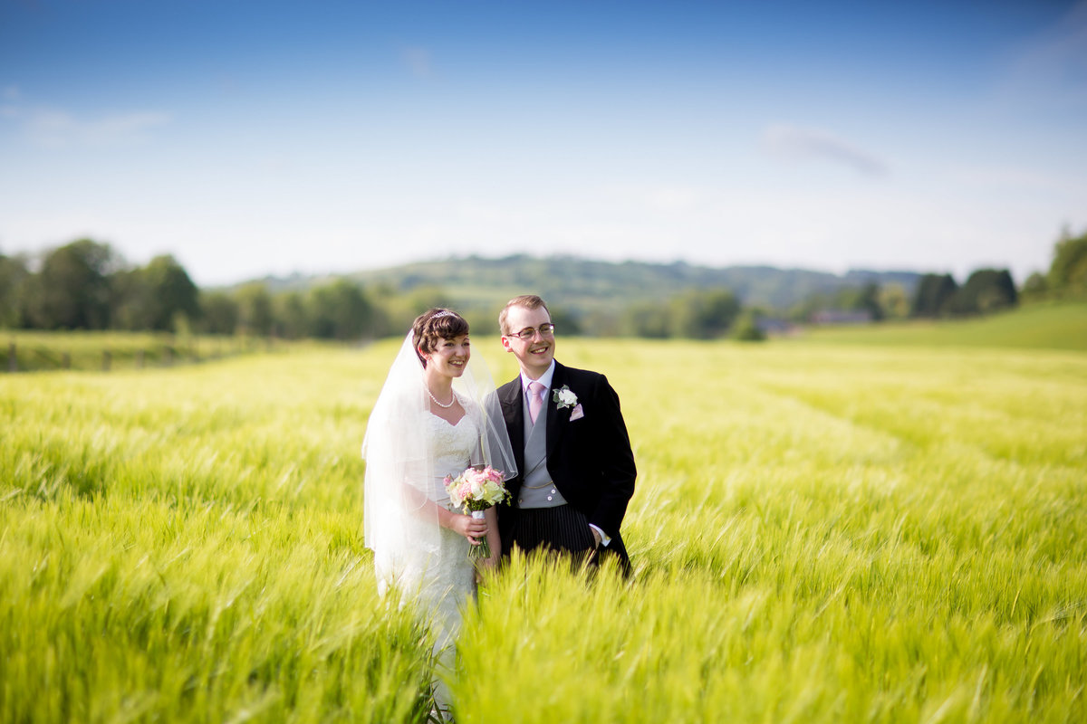 wedding photographer in tiverton devon