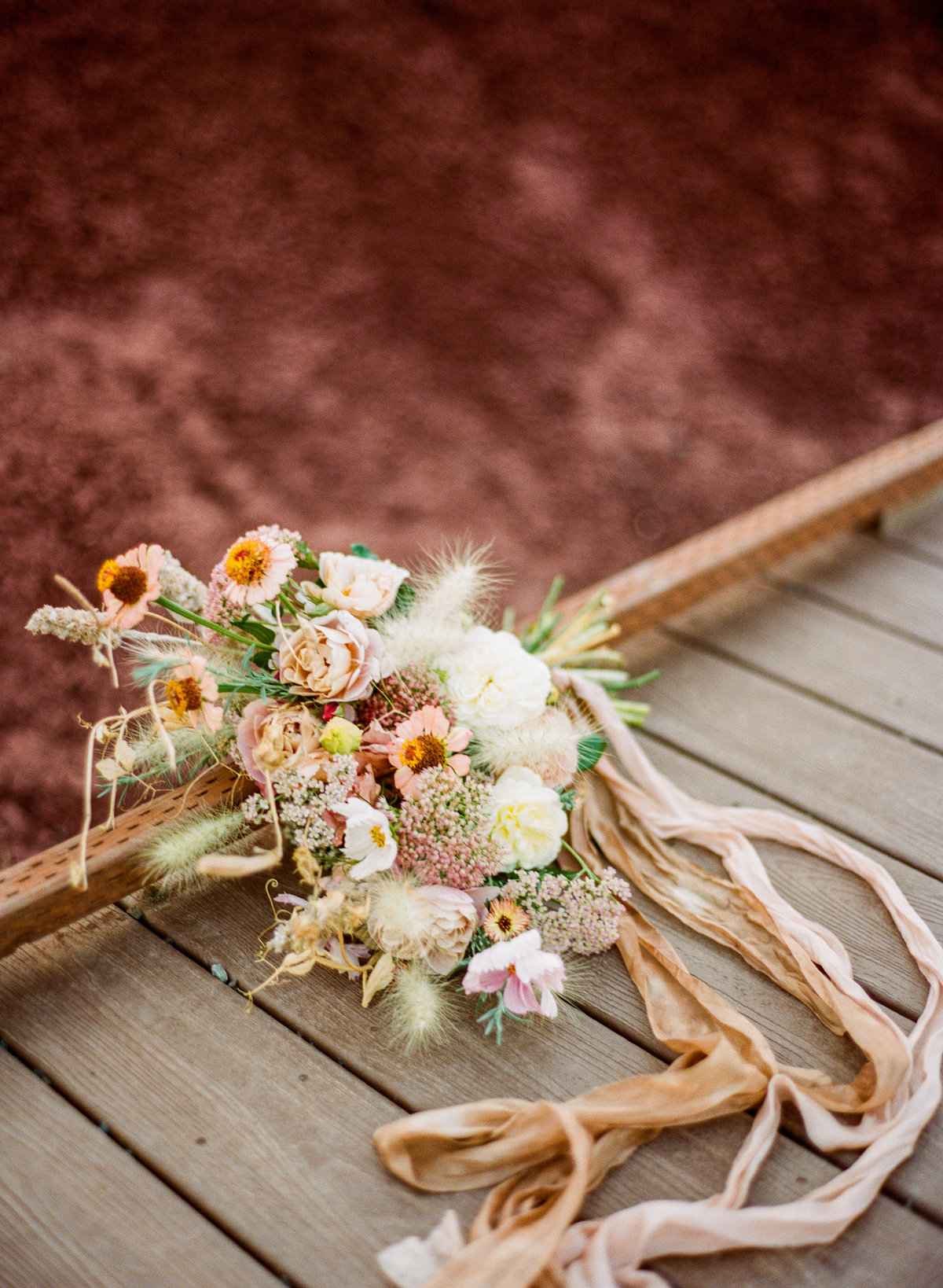 oregon wedding the painted hills bouquet
