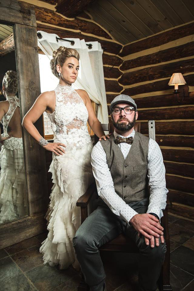 Granby-colorado-strawberry-creek-ranch-hipster-mountain-wedding-vintage-wedding-portrait